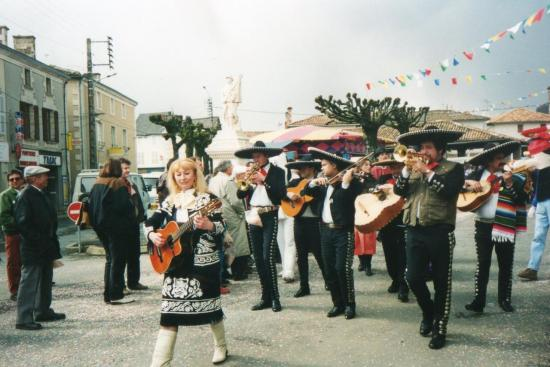6-Groupe Mexicain Mariachi-Viva Mexico